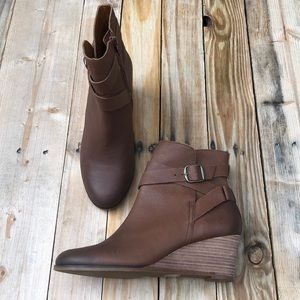 Lucky Brand | Brown Ginnie Ankle Booties Size 8.5